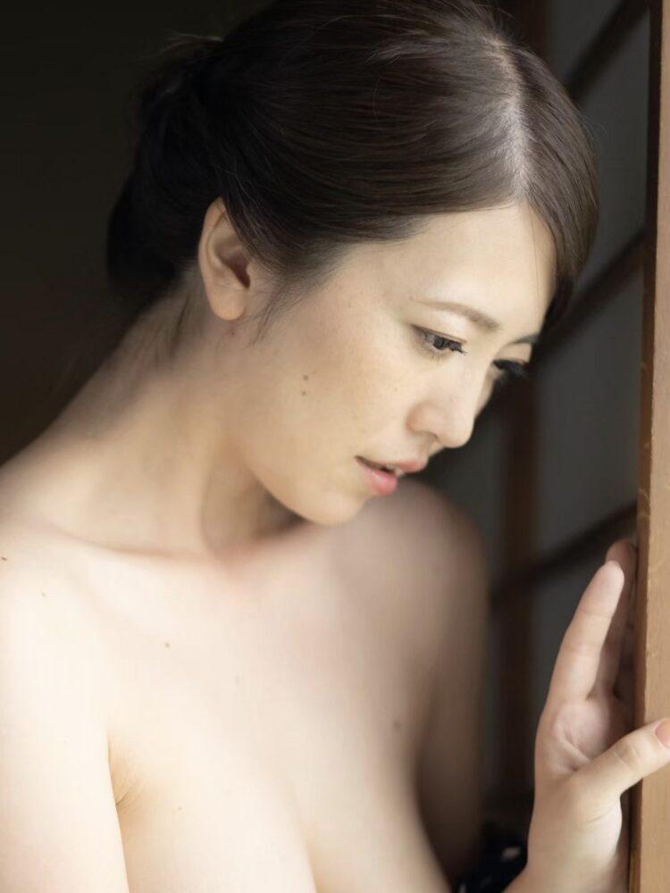 Ririko Kinoshita 12
